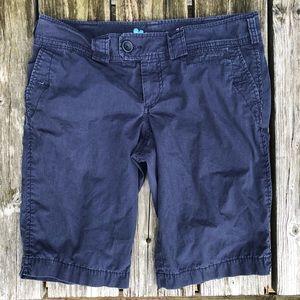 🆕List! Navy Poplin Bermuda Shorts! EUC!